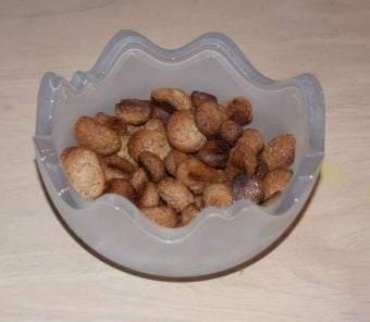 Pebernødder - opskrift - på pebernøddedej