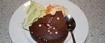 Chokoladekage med is